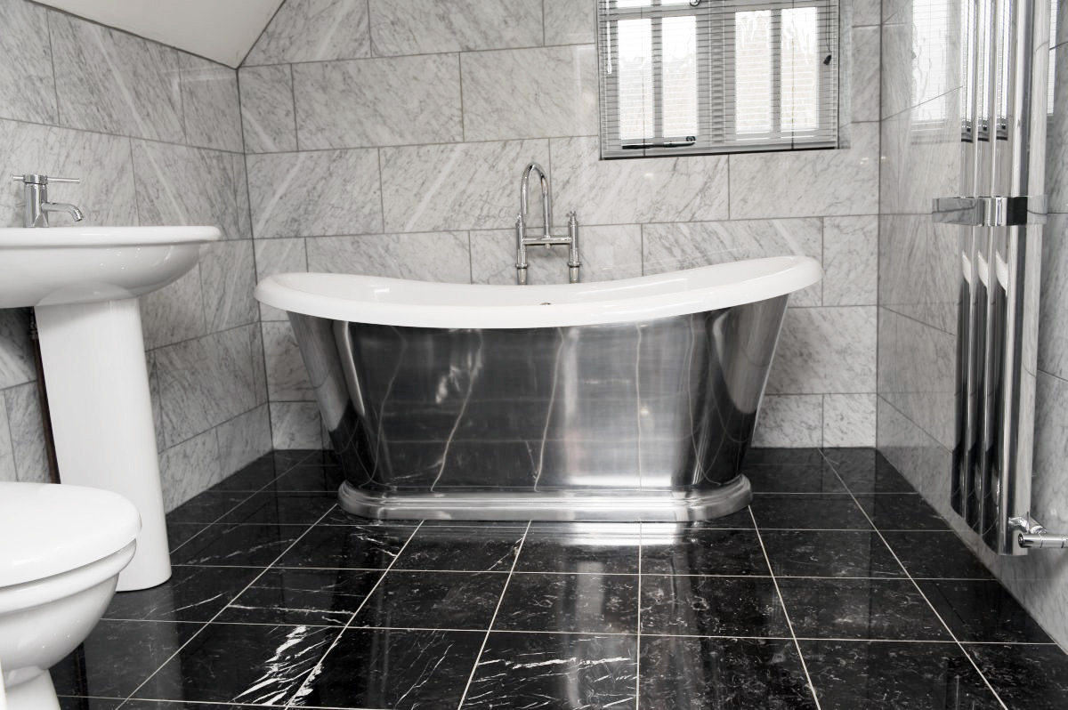 Black And White Marble Tile Bathroom Design Decoration